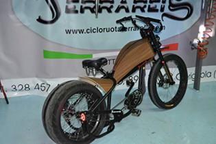 Cicli Ferrareis Harley Davidson Réplica E-Bikes Chopper Bobber Fat Bike BAFANG